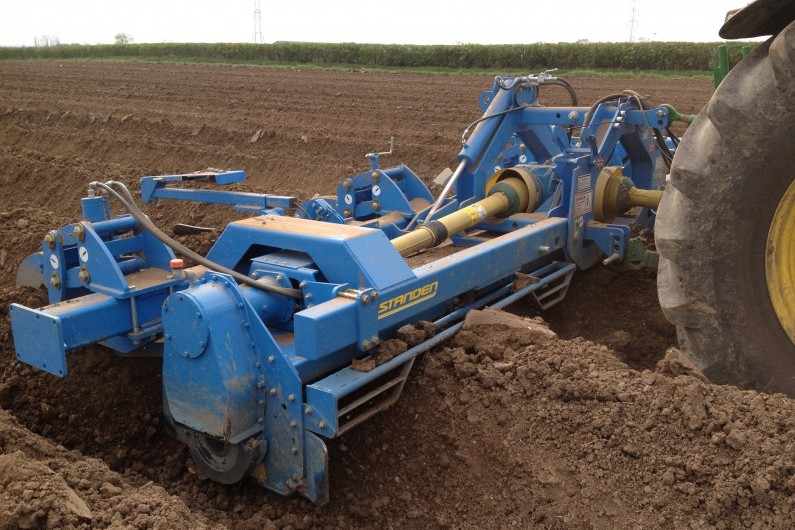 Standen Powavator bed tiller with hydraulic parallel linkages on outer bodies