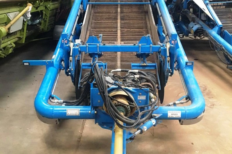 Used Standen T2 Double omega harvester