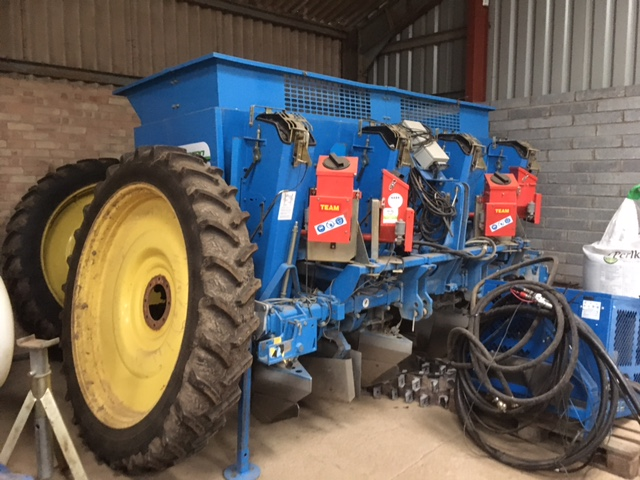 Main image for Used Standen SP400 4 row Planter 2011