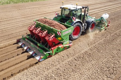 Video thumbnail for BASELIER Hook Tine Cultivator and Potato Planter Combination