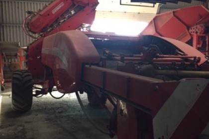 Thumbnail image for Used Grimme GZ DLS1700 2 Row Harvester 2001