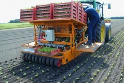 Thumbnail image for Regero Semi Automatic Block Transplanter
