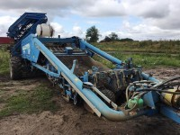 2010 Used Potato Harvester from Standen