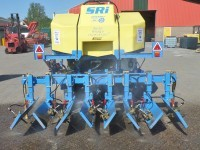 Target Set SRi  4 Row Side Ridge Injector