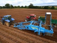 StandenT2 potato harvester aerial
