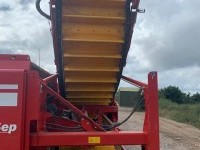 used-grimme-gt170-2-row-potato-harvester-2016